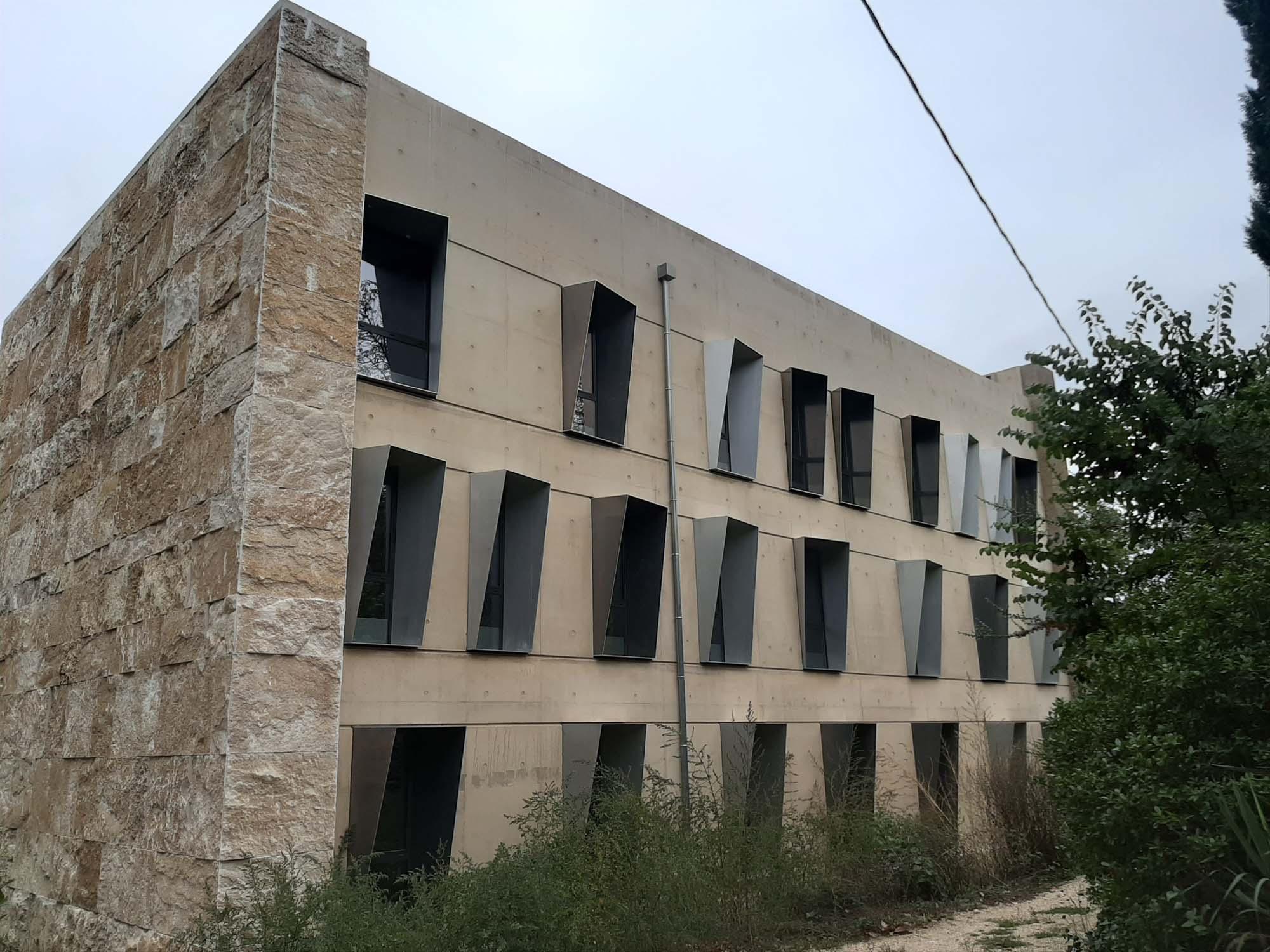 MEGA CCD Architecture Aix